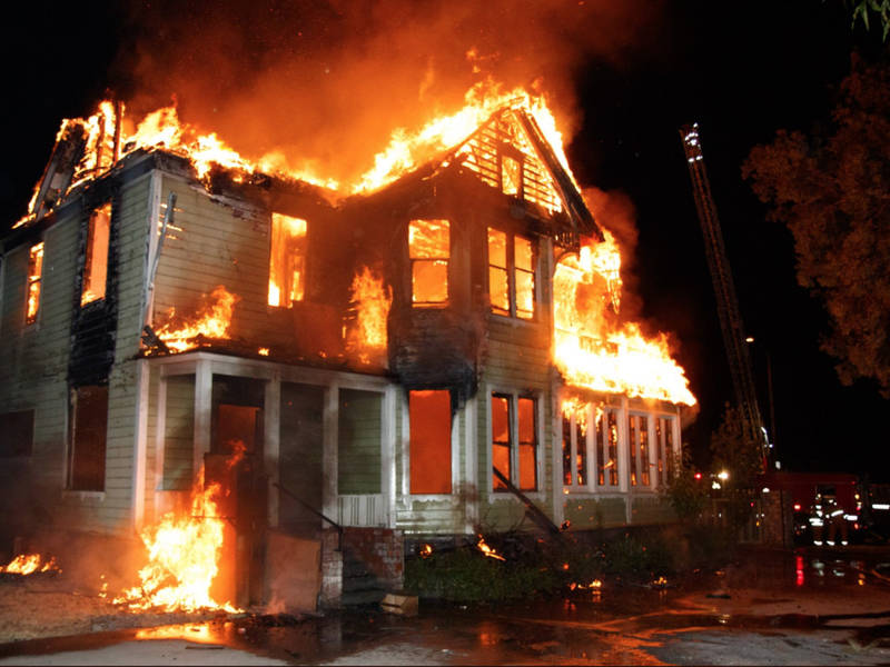 Katastrofalni požar u Australiji - Page 3 HOUSE-FIRE-2